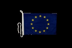 Флаг Евросоюза на яхту