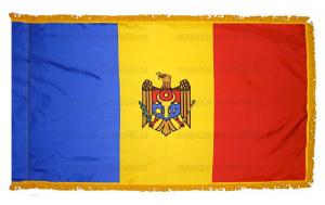 Флаг Молдавии с бахромой