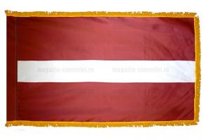 Флаг Латвии с бахромой