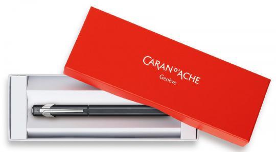 Carandache Office 849 Classic - Matte Black, перьевая ручка, F, подарочная коробка